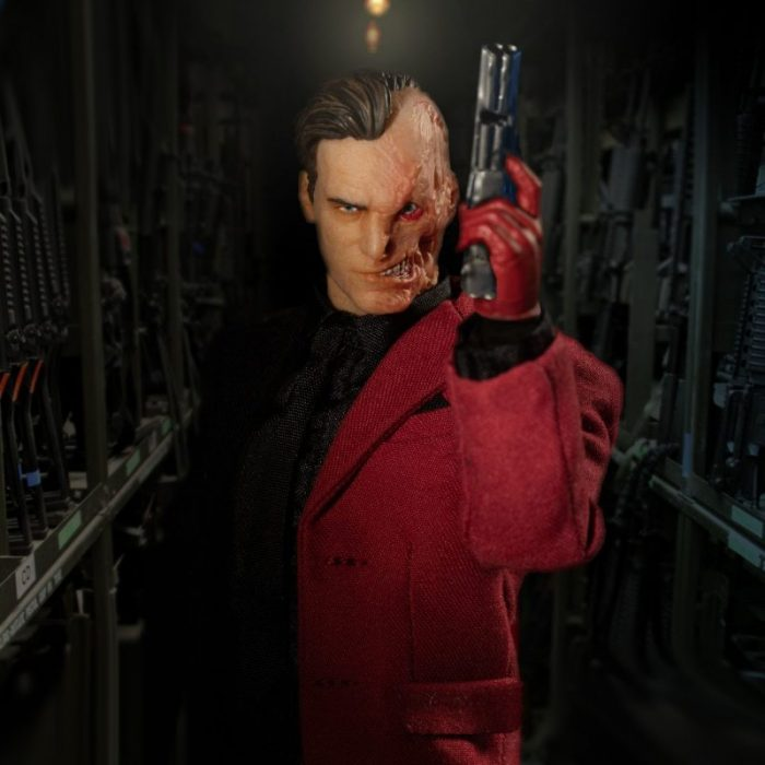 MEzco-one-12-collective-two-face