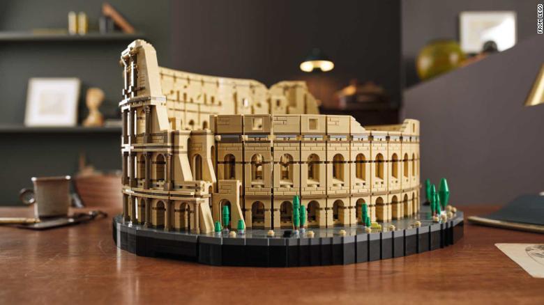 LEGO colosseum set