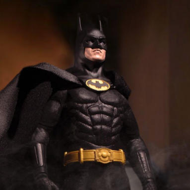 Mezco's One:12 Collection Welcomes the 1989 Edition Batman Exclusive