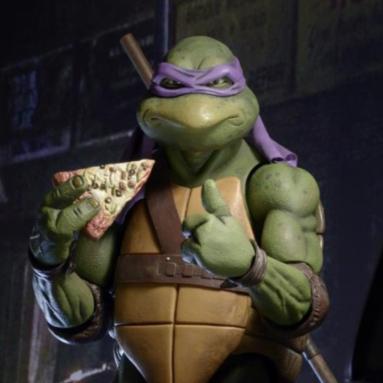 NECA Drops the TMNT 1990 Movie 1/4 Scale Donatello Figure