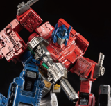 Transformers: Bumblebee PREMIUM Optimus Prime Action Figure by Threezero x Hasbro